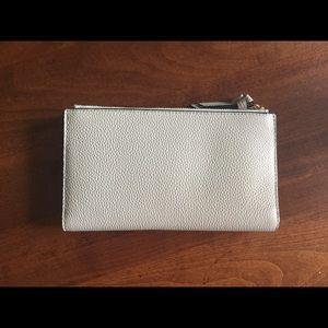 kate spade Bags - 💕kate spade Mulberry St Sftporcln Malea Wallet 💕